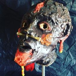 ABAKAR tête sur socle métal - h32xl13xP17 cm